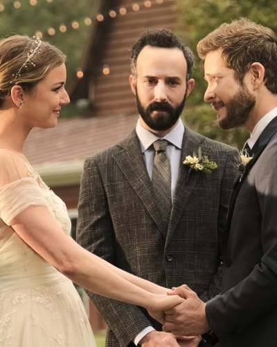 Exchanging Vows - Tall - The Resident Season 4 Episode 1