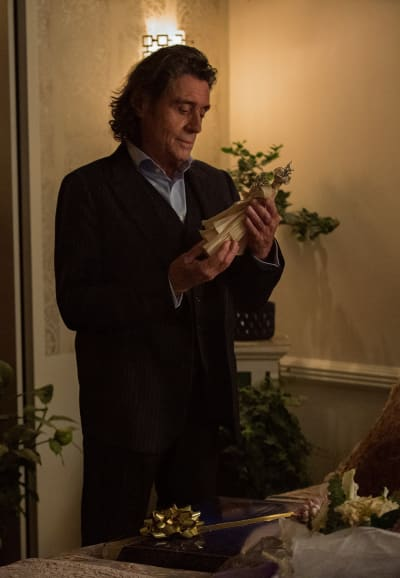 Gifts for a Goddess - American Gods Season 3 Episode 3