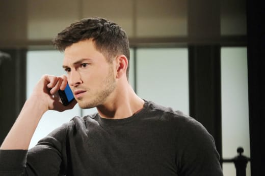 Ben Gets a Message - Days of Our Lives