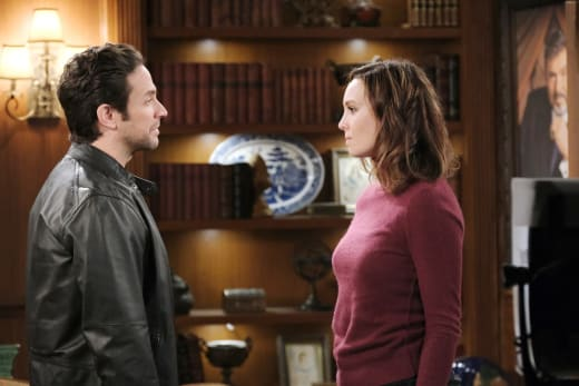 Jake Questions Gwen's Honesty - Days of Our Lives