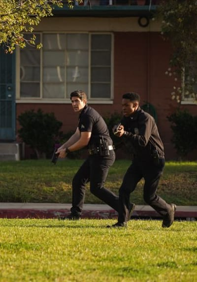 Officers Stanton and West - The Rookie Season 3 Episode 5
