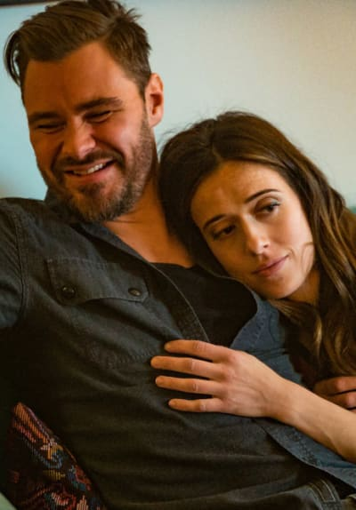 Together at Last? - Chicago PD Season 8 Episode 5