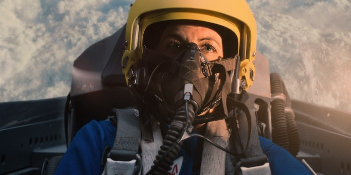 """Molly Cobb (Sonya Walger) dares herself to fly as high as she can in """"And Here's to You"""""""