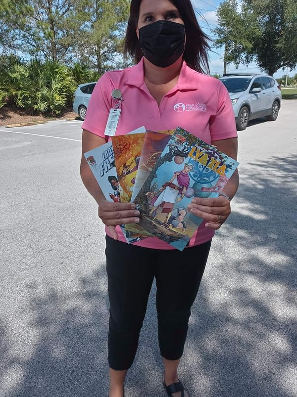 Second Sight Publishing Donates 1000 Comic Books To School System